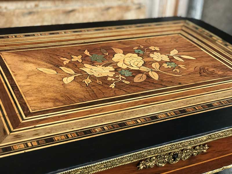 Rénovation table Napoléon III restauration complète marqueterie LYON 7