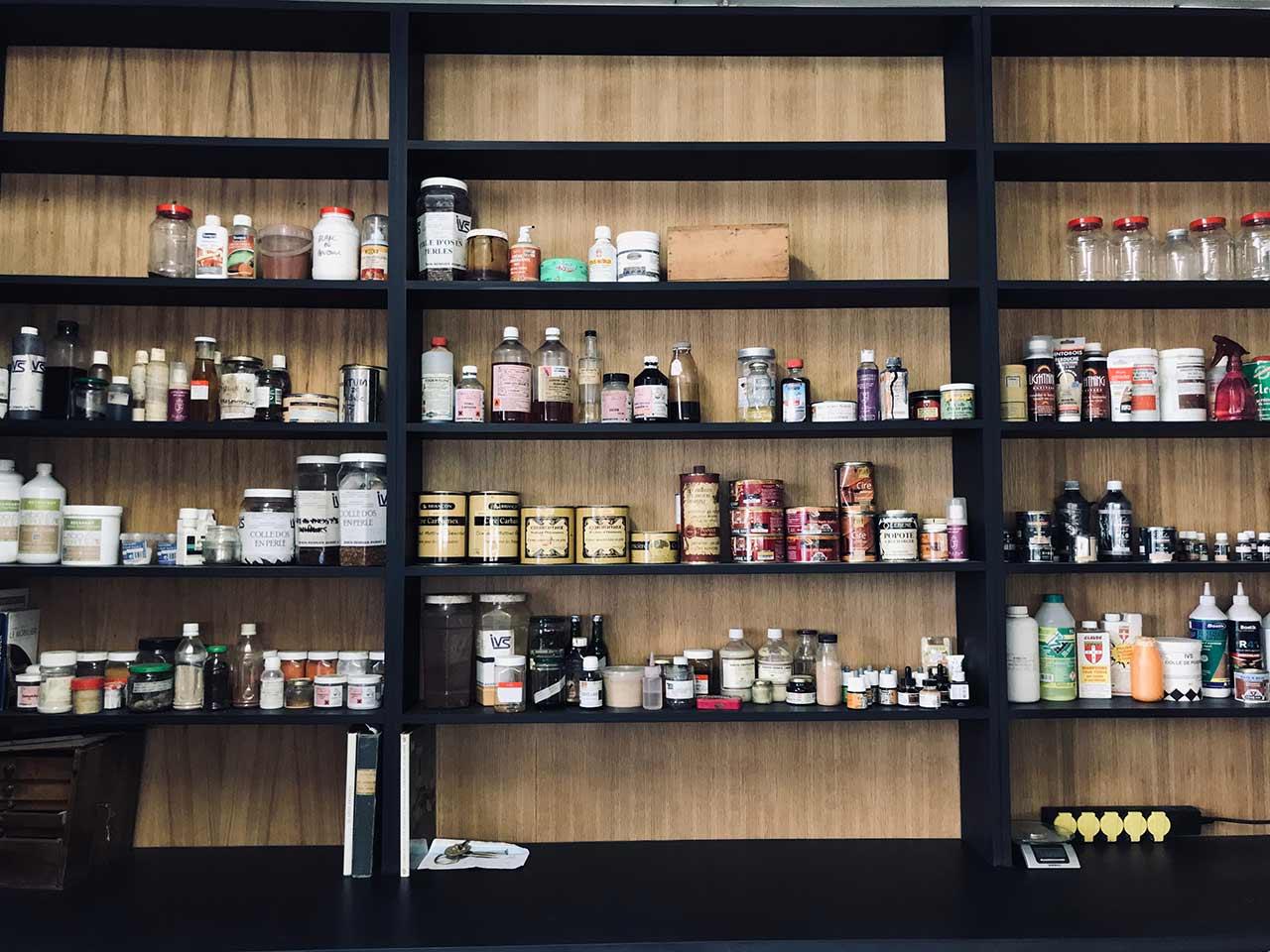 Atelier l'ÉBENISTE LYON 7 | Atelier de restauration de meuble ancien